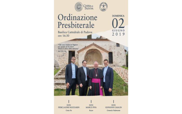 Poster ordinazione presbiterale 2019 con don Giovanni Casalin, don Marco PIva, don Pierclaudio Rozzarin e al centro il vescovo Claudio Cipolla